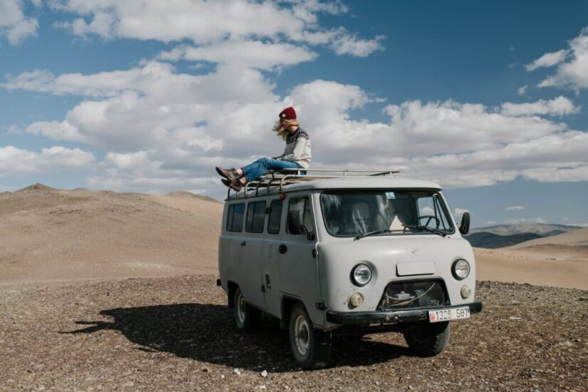 How to Travel To a Foreign Destination in Low Budget